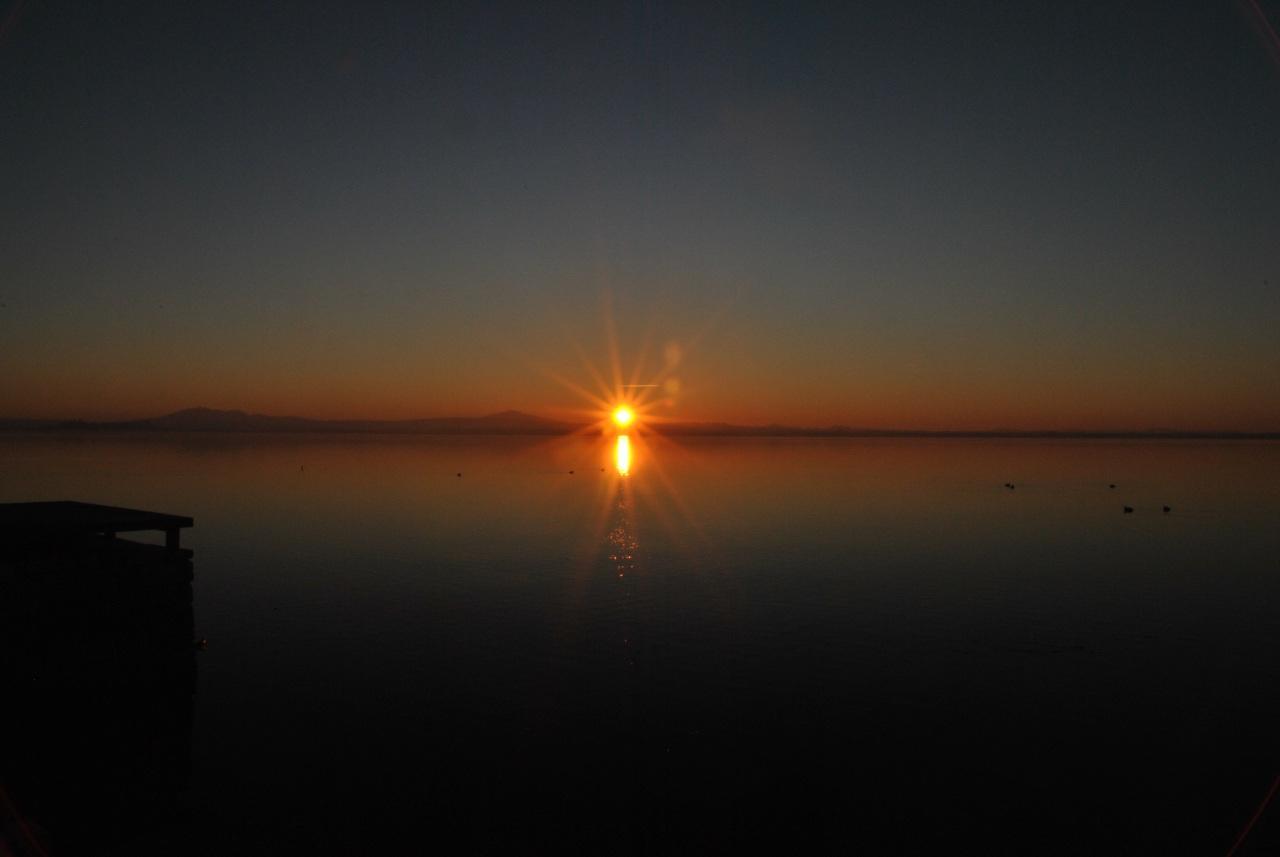 tramonto frasi di amore al tramonto immagini al tramonto trasimeno