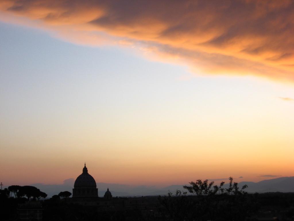 tramonto frasi di amore al tramonto immagini al tramonto roma cupolone