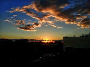 foto di tramonto tramonto Un cuore al tramonto su Aprilia (Latina)